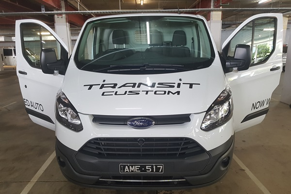 2017 Ford Transit Custom Van