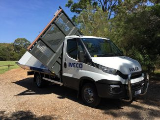 2015 iveco daily three way tipper