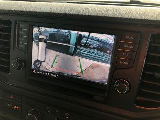 volkswagen crafter reverse camera