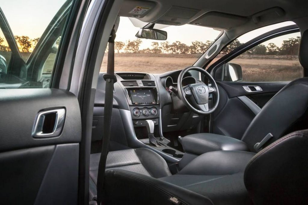 2018 mazdsa BT50 interior
