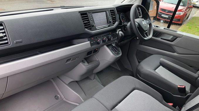 2019 volkswagen crafter interior