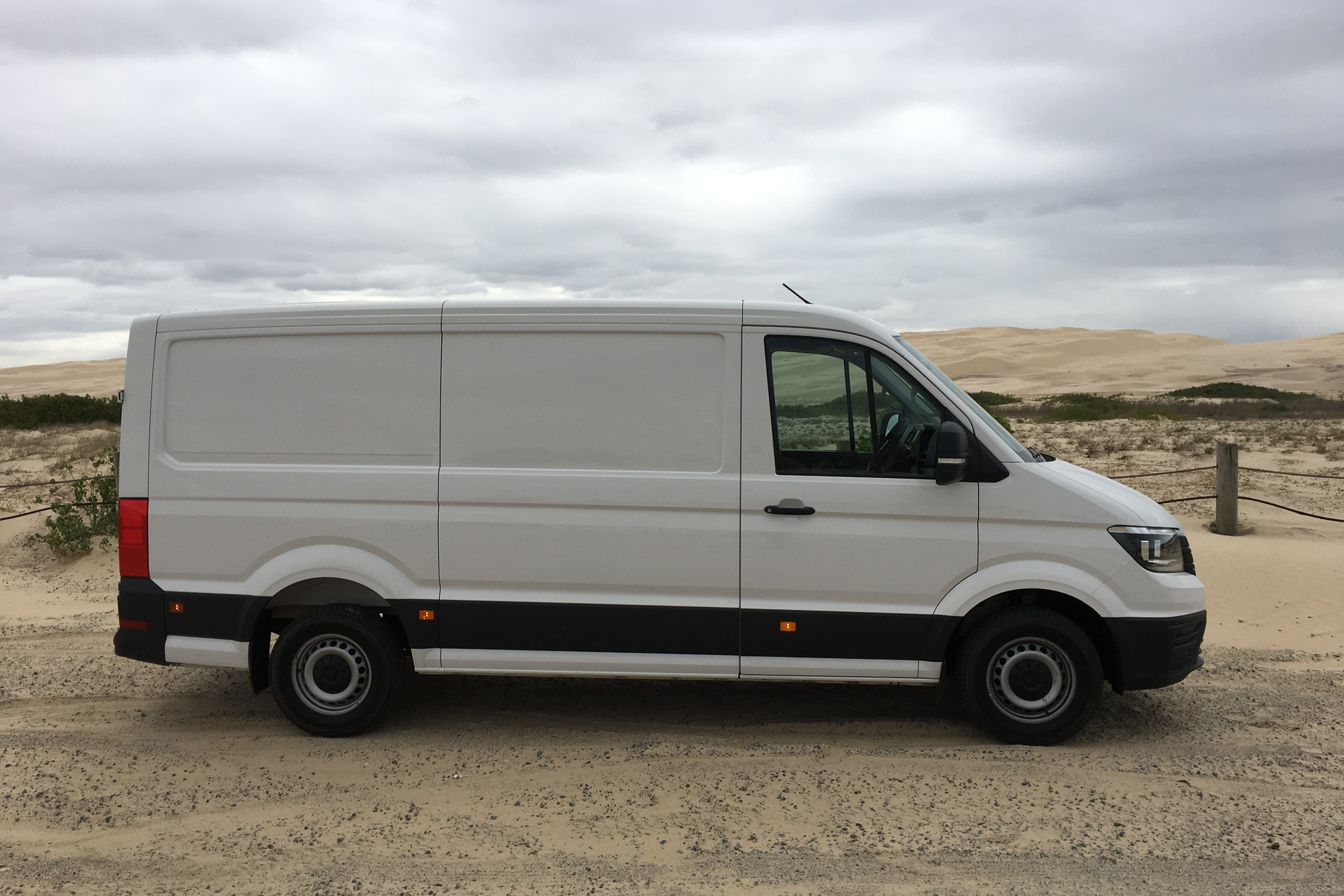2019 VW Crafter 4MOTION 2 side profile