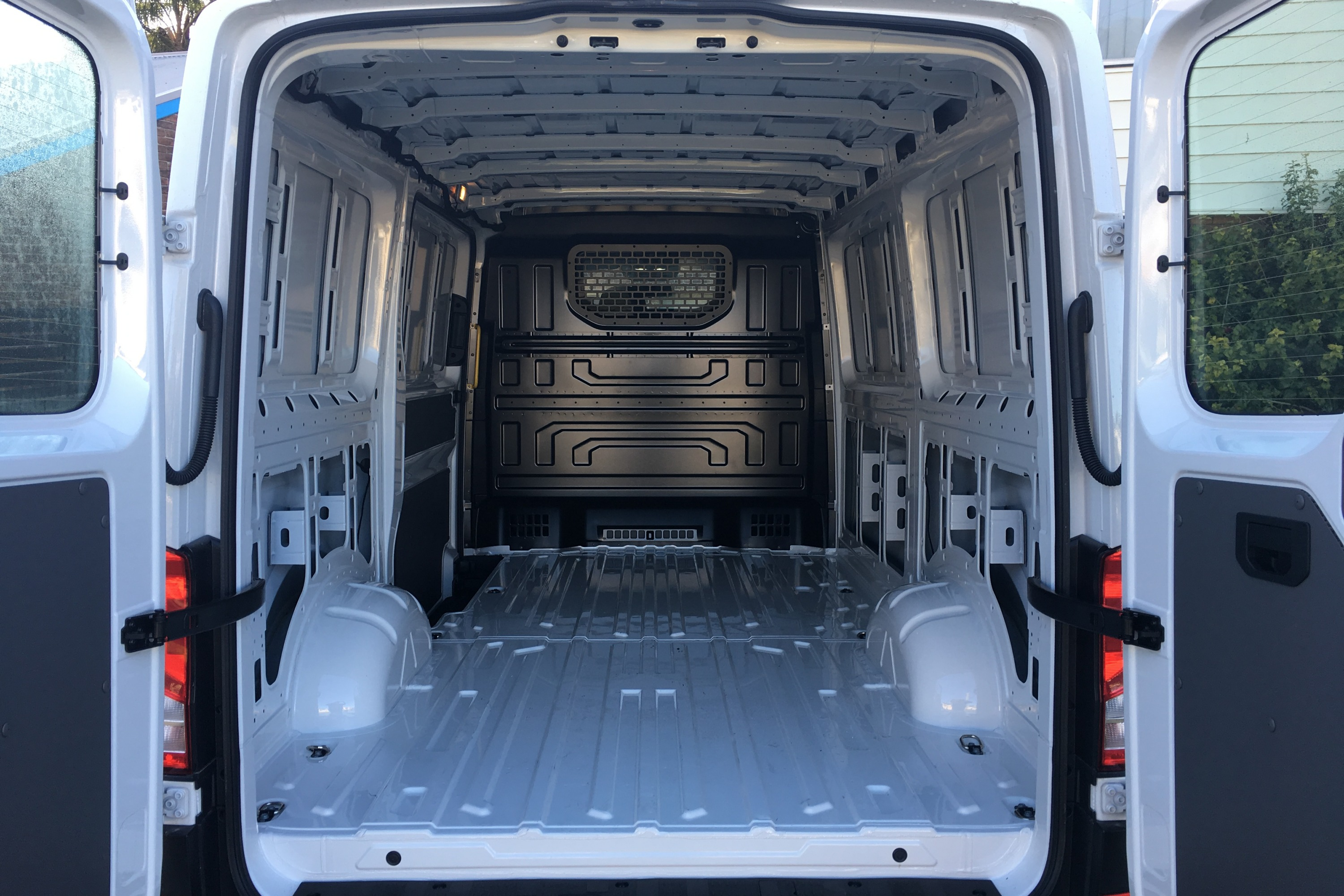 2019 VW Crafter 4MOTION 3 rear cargo