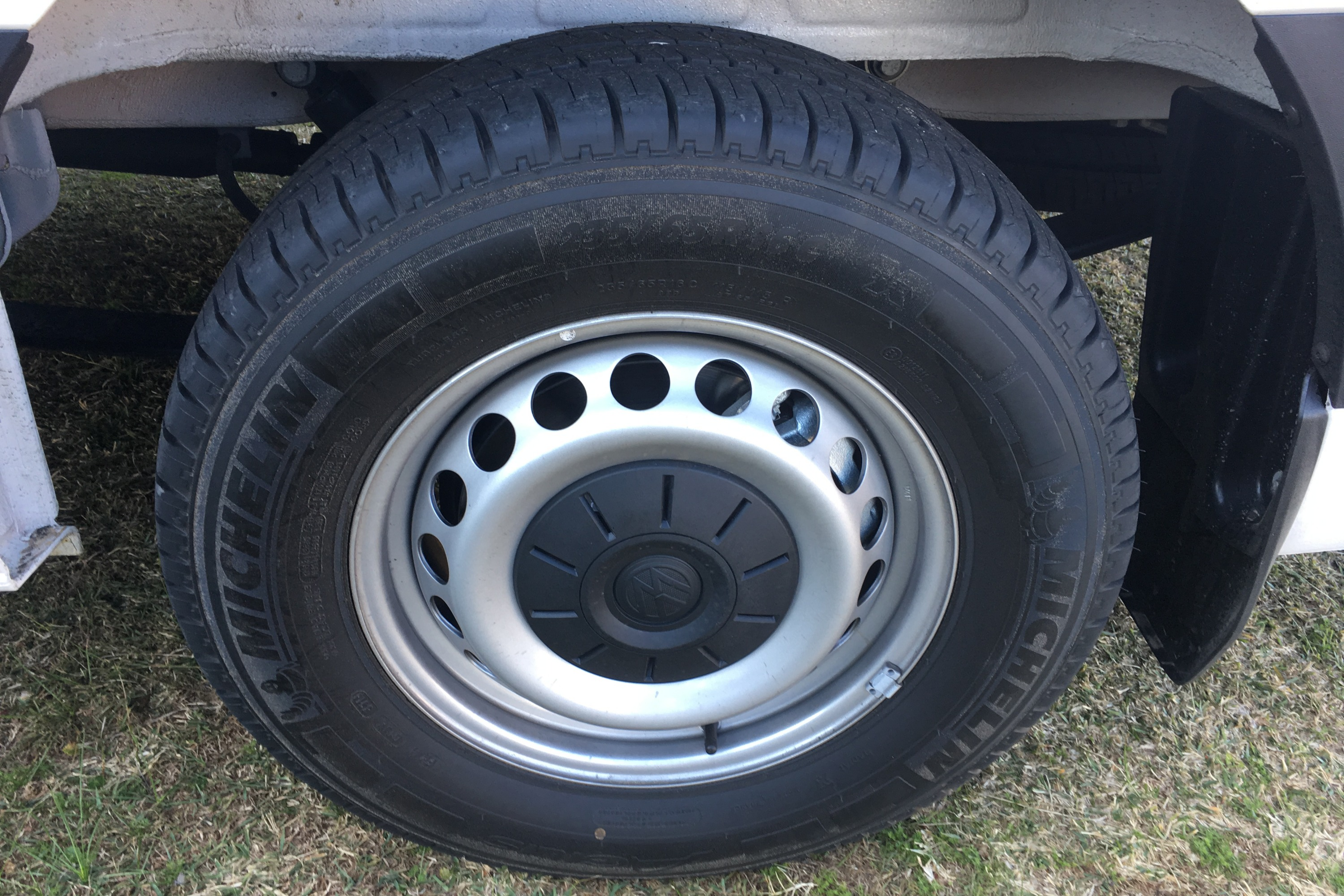 2019 VW Crafter 4MOTION 6 tyres
