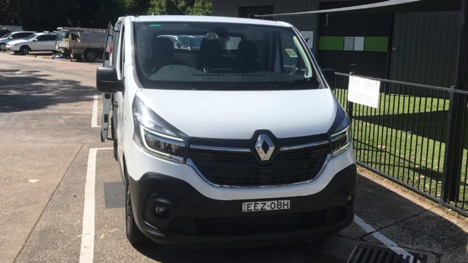 2020 Renault Trafic auto 1 front