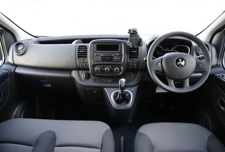 2020 Mitsubishi Express 2 interior
