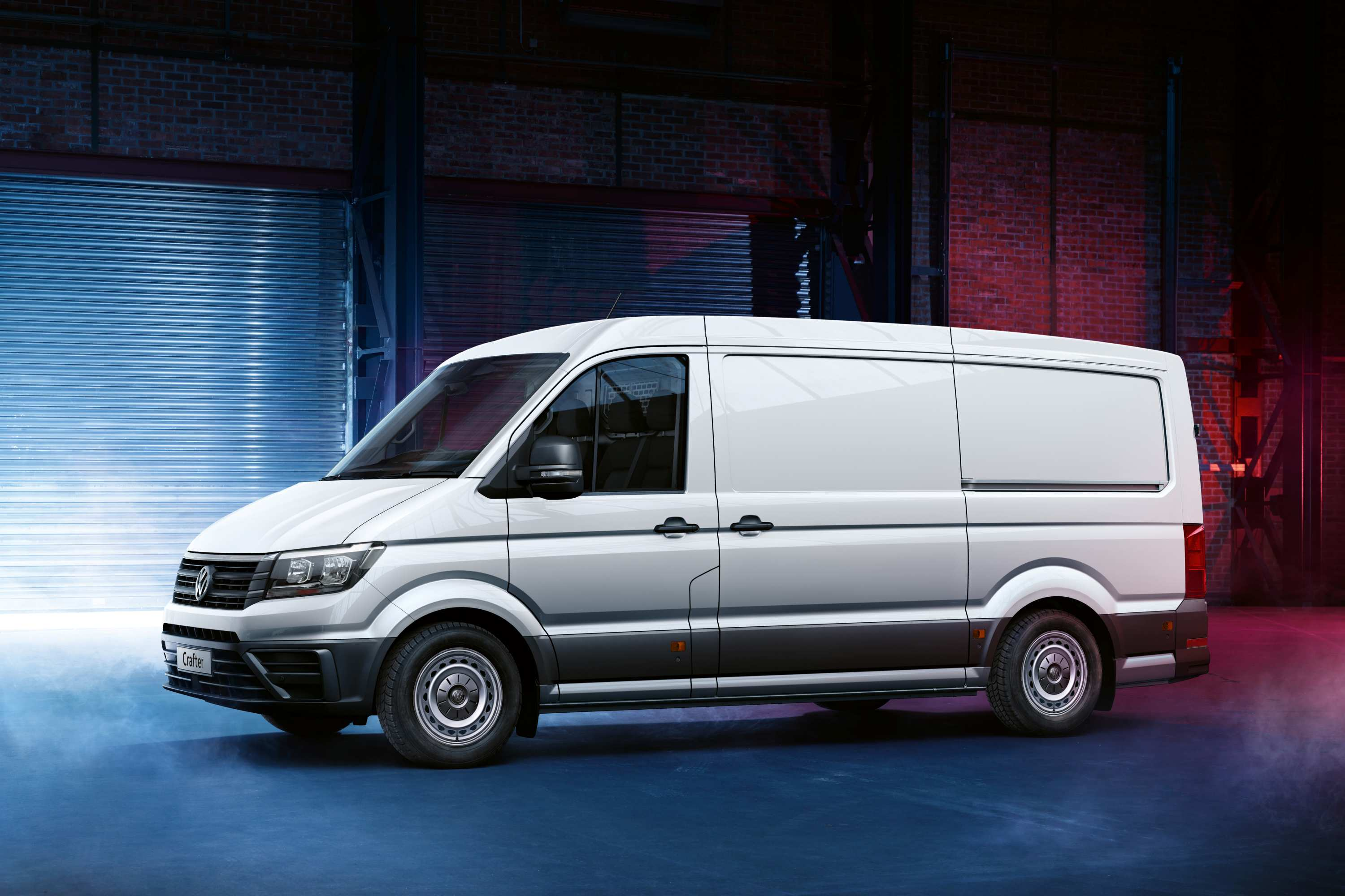 Crafter Runner, now available with the convenience of an 8-speed automatic transmission.