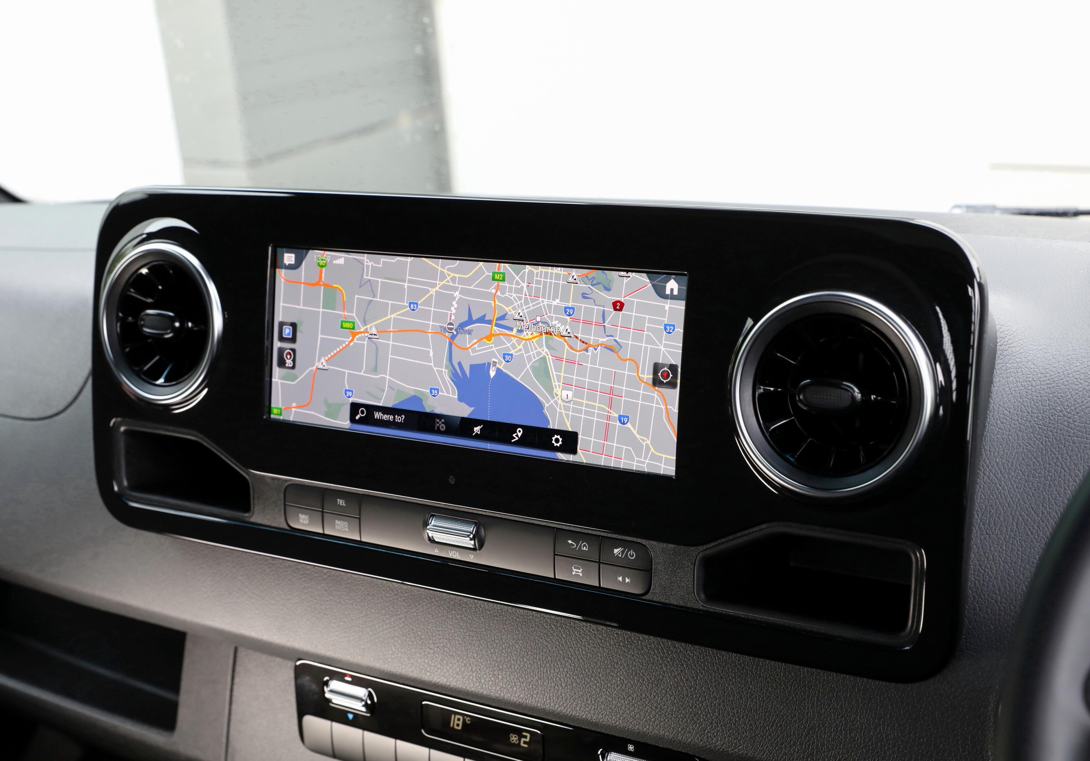 Mercedes Benz SPRINTER 150