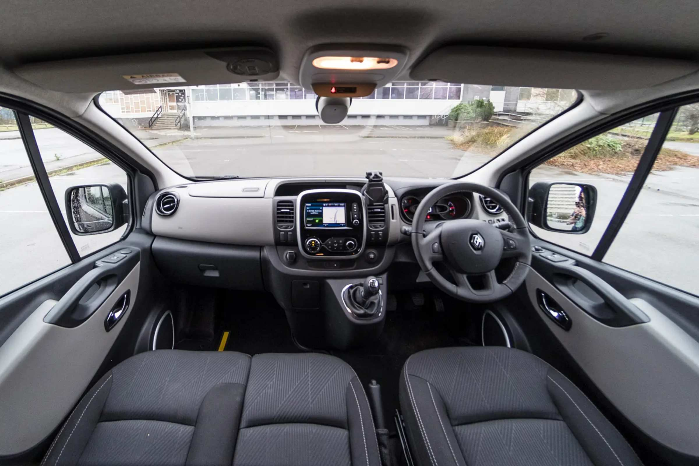 2020 Renault Trafic auto 3 interior