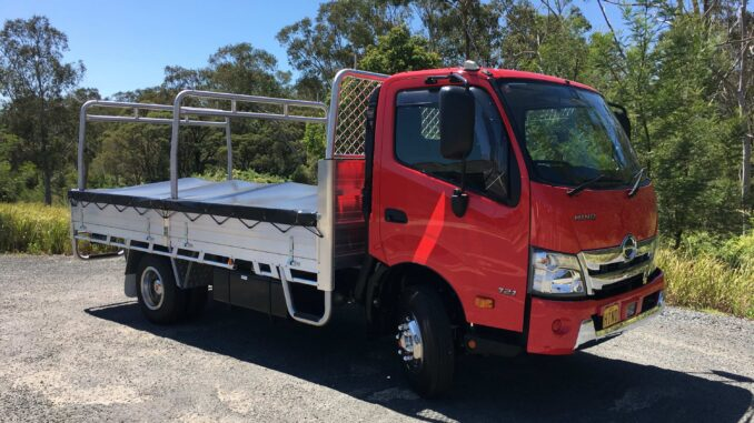 Hino 300 721 Wide Cab exterior front qtr
