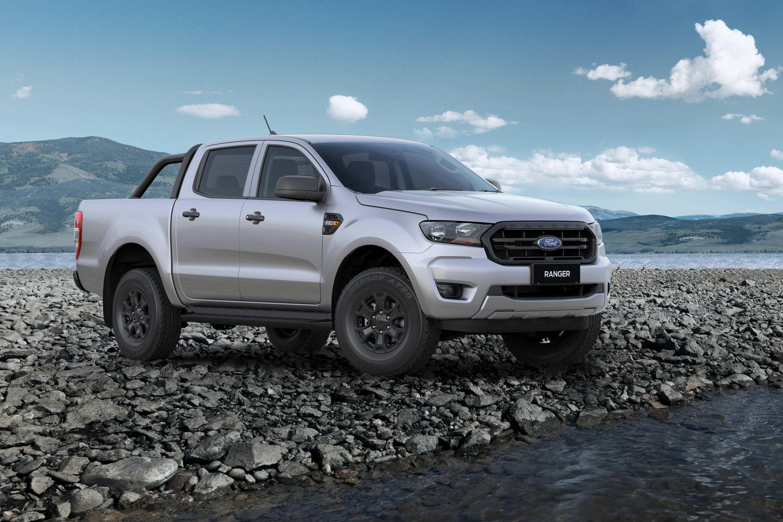 2021 XLSport-Front34-RockyRiverHero-Aluminium